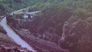 """Forschungsprojekt mit unbemannten Hubschraubern """"Hubschrauberdrohne"""" zur Bewirtschaftung von Steillagen"""